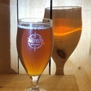 Single Stemmed Pint Glass